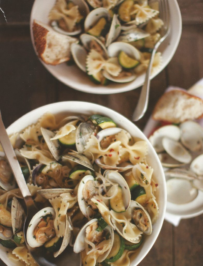 Farfalle Pasta with Zucchini and Clams